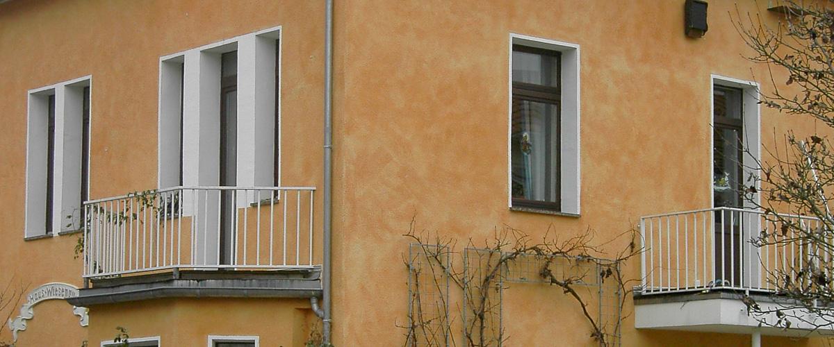 Außenfassaden von Ein-/Zweifamilienhäusern