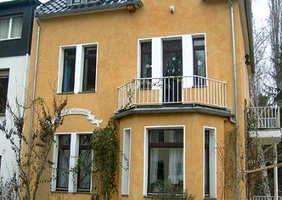 Renovierung einer historischen Einfamilienhaus-Fassade