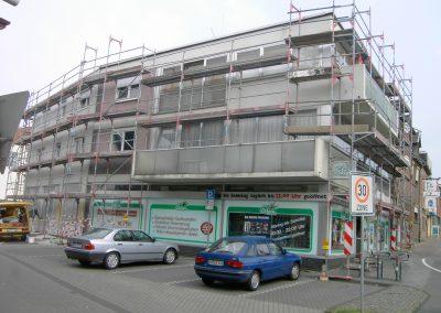 Hausfassade Straßenansicht (vorher)