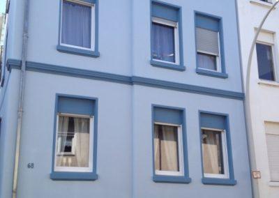 Hausfassade Frontansicht (nachher)