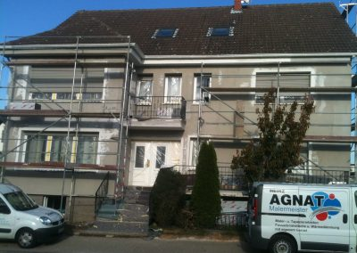 Hausfassade Straßenansicht (Armierung)